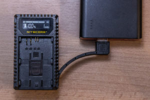 Nitecore UCN1 USB-Kameraladegerät