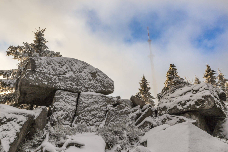 Ab und zu ließen die Wolken auch einen Blick auf den Funkturm zu